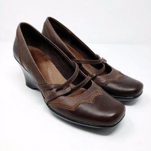 Clarks Brown Leather Wedge Pumps Heels Shoes